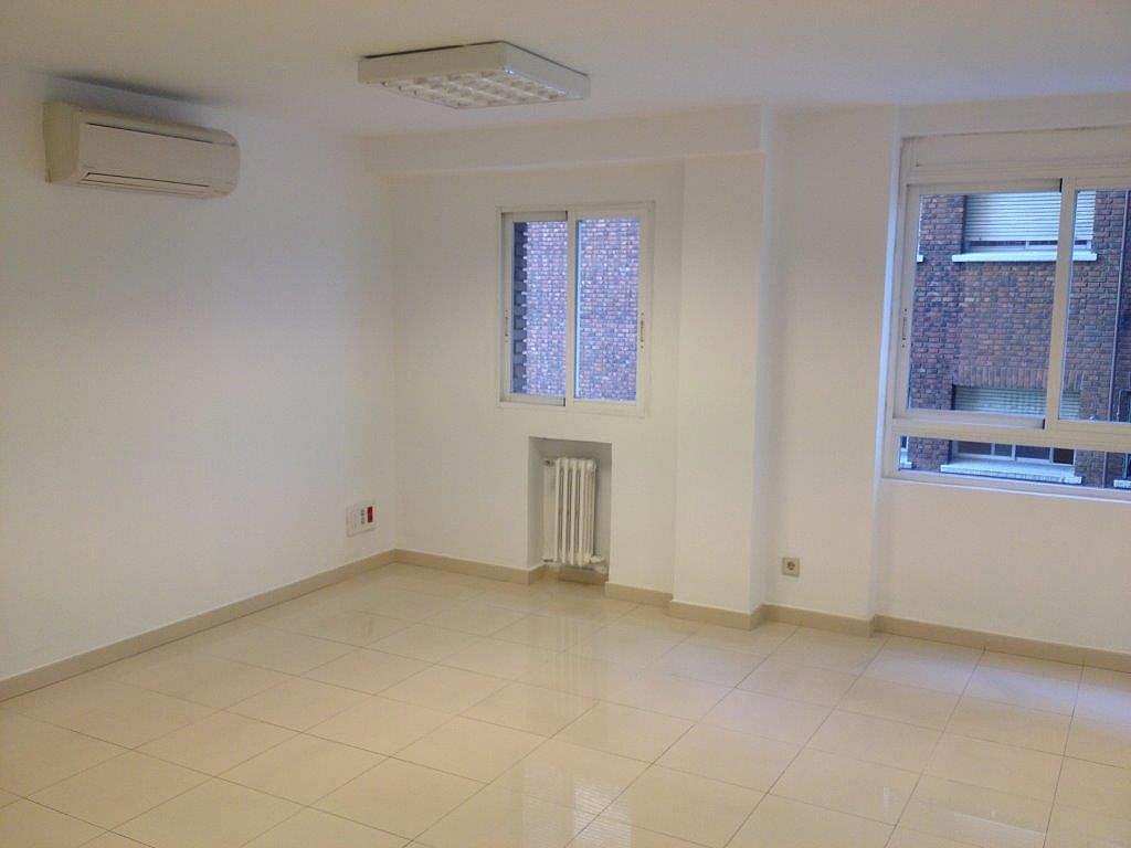 Oficina en alquiler en calle Mediterráneo, Pacífico en Madrid - 302248645
