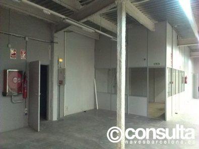 Planta baja - Nave industrial en alquiler en polígono Pedrosa, Gran Via LH en Hospitalet de Llobregat, L´ - 119555820