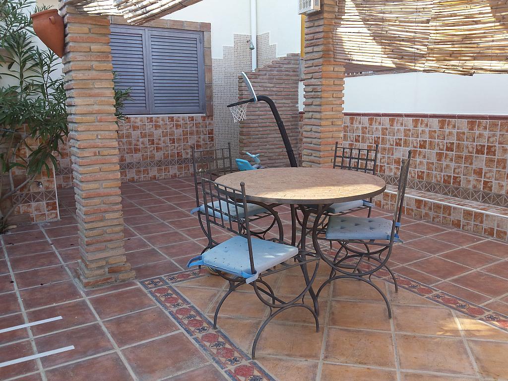 Casa en alquiler en carretera De Arenas, Carretera de Arenas en Vélez-Málaga - 211408484
