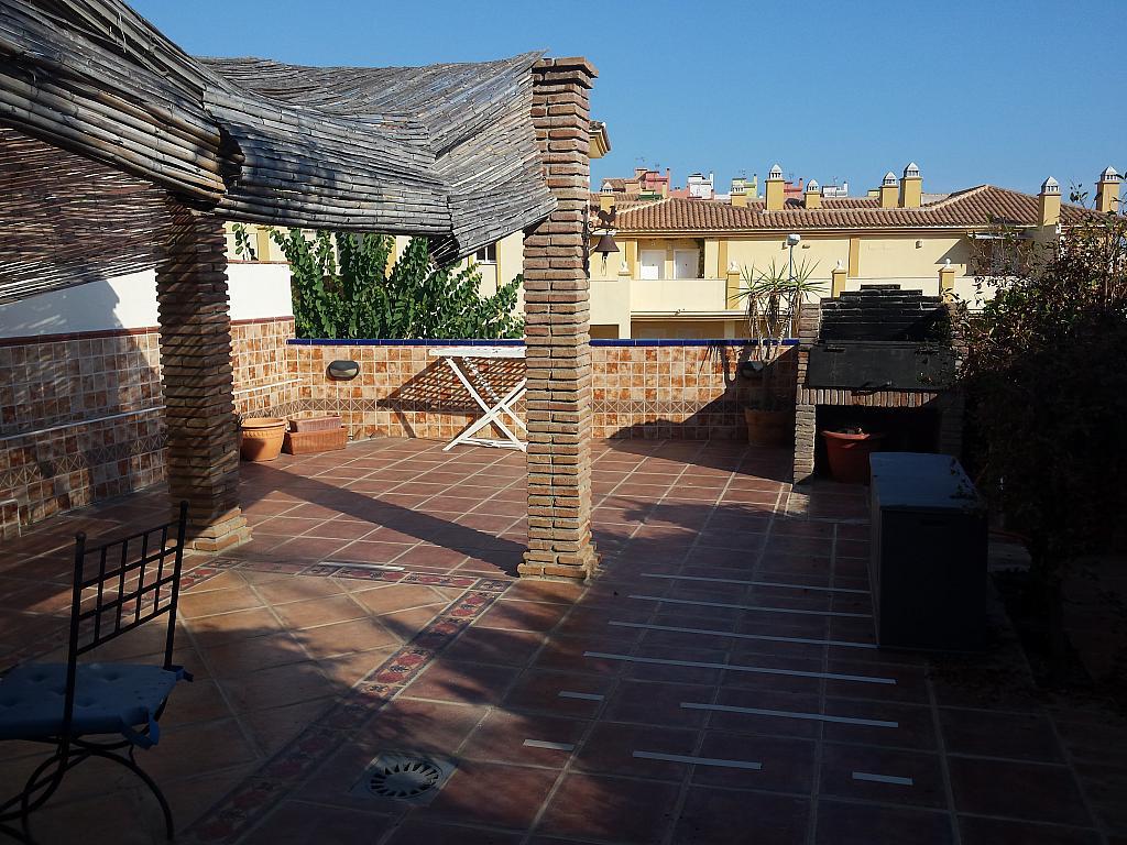 Casa en alquiler en carretera De Arenas, Carretera de Arenas en Vélez-Málaga - 211408489