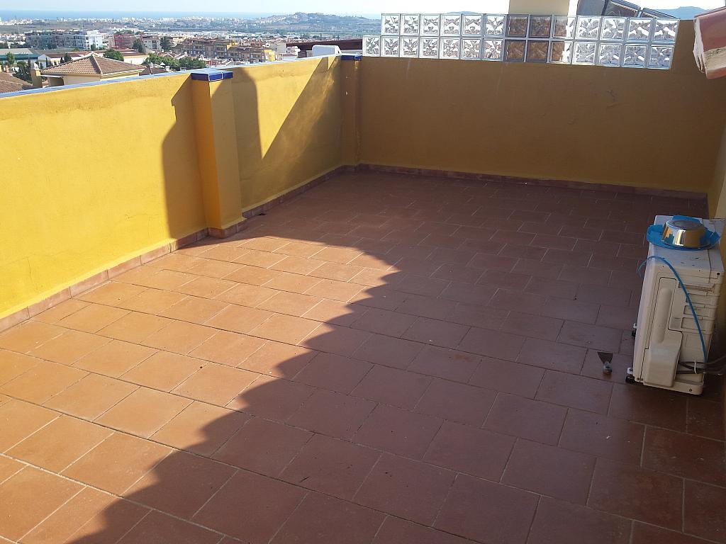Casa en alquiler en carretera De Arenas, Carretera de Arenas en Vélez-Málaga - 211410588