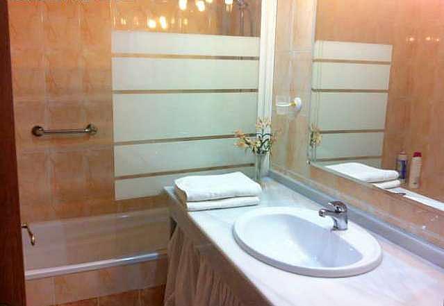 Baño - Apartamento en alquiler en calle Alcalde Luis Uruñuela, Entrepuentes en Sevilla - 249929882
