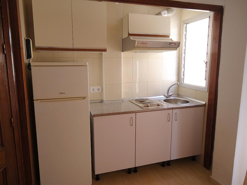 Apartamento en alquiler en calle Tarifa, Encarnación-Regina en Sevilla - 249933426