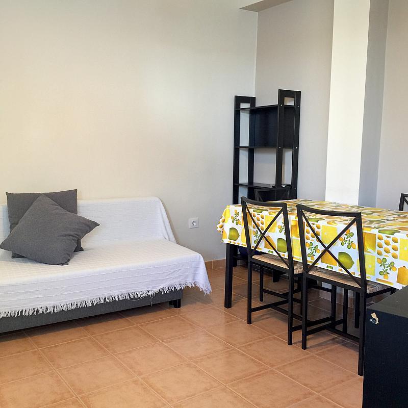 Salón - Piso en alquiler en calle San Jacinto, Triana Casco Antiguo en Sevilla - 262445801
