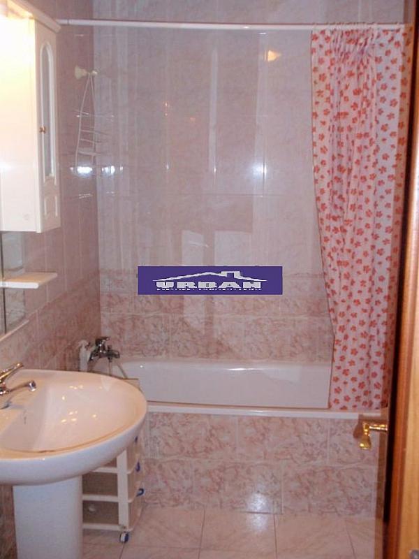 Baño - Piso en alquiler en calle De Las Ciencias, Av. Ciencias-Emilio Lemos en Sevilla - 266090534