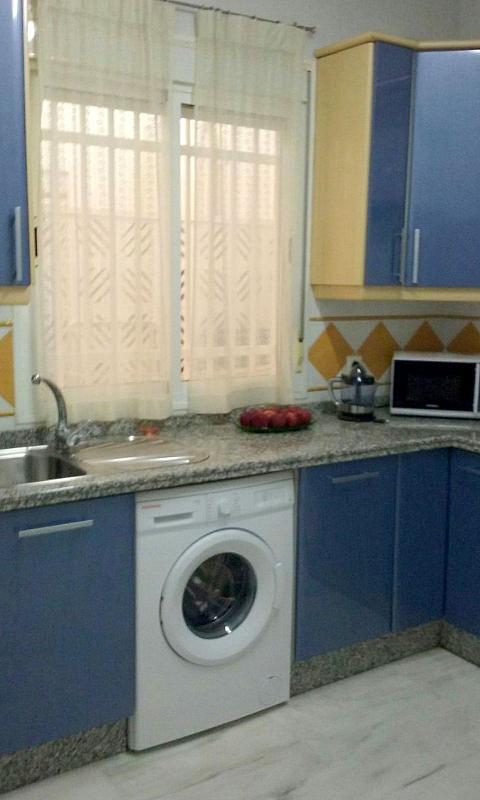 Cocina - Apartamento en alquiler en calle De Las Ciencias, Av. Ciencias-Emilio Lemos en Sevilla - 303860659