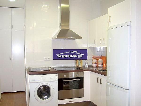 Cocina - Apartamento en alquiler en calle Montecarmelo, Los Remedios en Sevilla - 343460755
