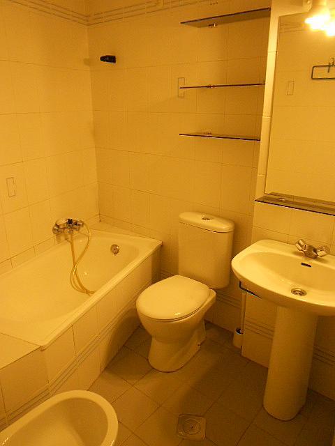 Baño - Estudio en alquiler en calle Alcalde Luis Uruñuela, Entrepuentes en Sevilla - 346940822
