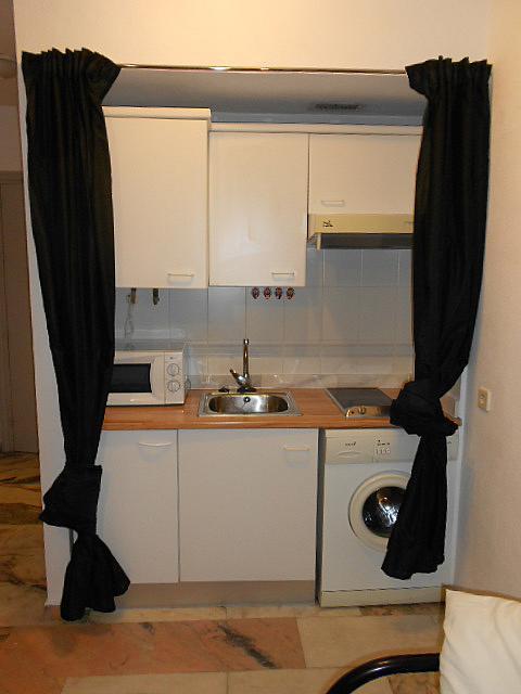 Cocina - Estudio en alquiler en calle Alcalde Luis Uruñuela, Entrepuentes en Sevilla - 346940828