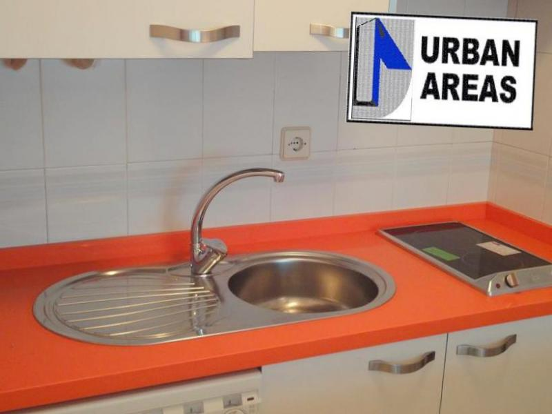 Apartamento en alquiler en calle Alcalde Luis Uruñuela, Este - Alcosa - Torreblanca en Sevilla - 110690967