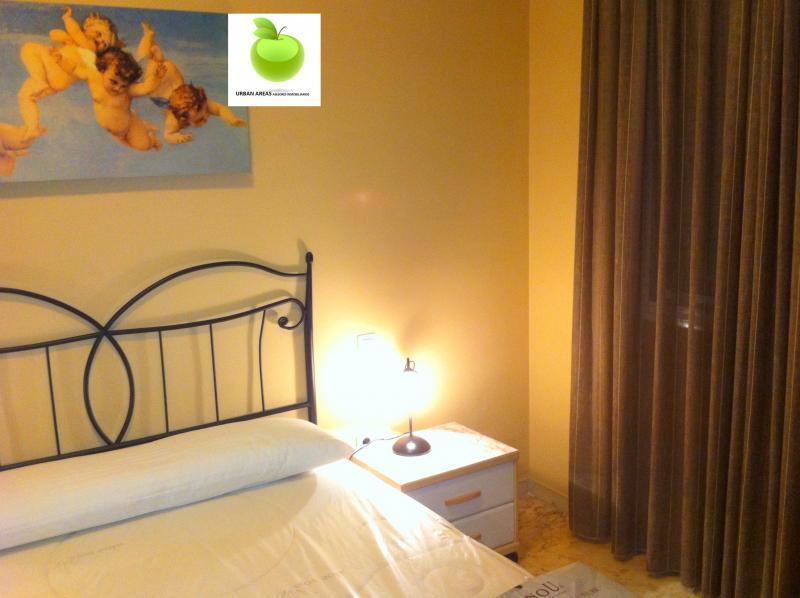 Apartamento en alquiler en calle Alcalde Luis Uruñuela, Este - Alcosa - Torreblanca en Sevilla - 112916149