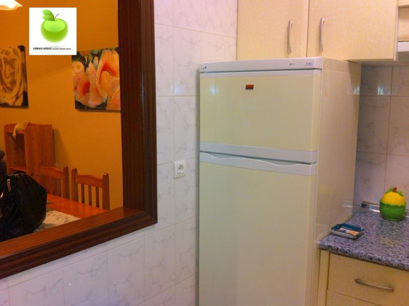 Apartamento en alquiler en calle Alcalde Luis Uruñuela, Este - Alcosa - Torreblanca en Sevilla - 112916154