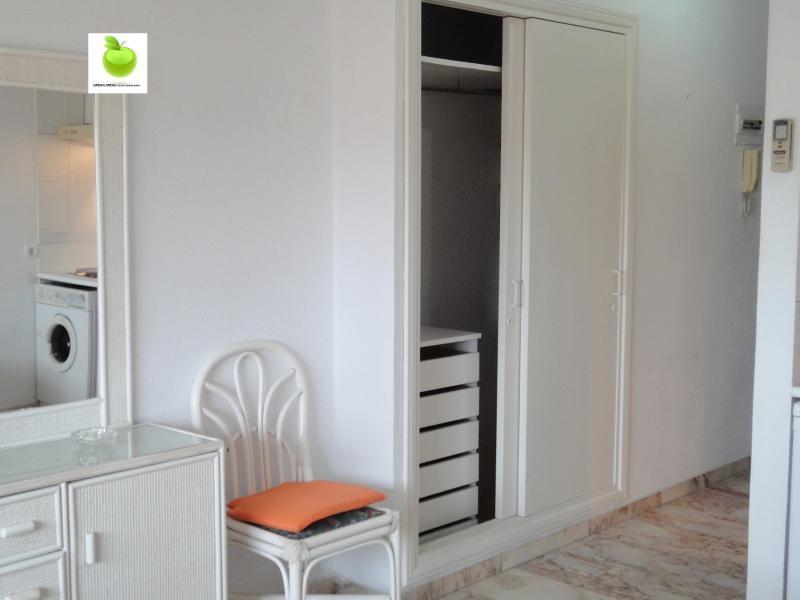 Estudio en alquiler en calle Alcalde Luis Uruñuela, Av. Ciencias-Emilio Lemos en Sevilla - 112923418