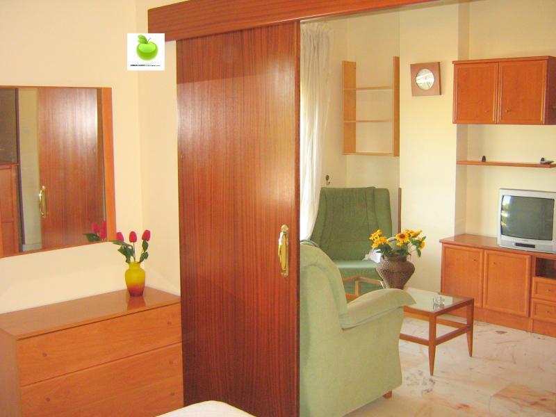 Apartamento en alquiler en calle Alcalde Luis Uruñuela, Este - Alcosa - Torreblanca en Sevilla - 113088243