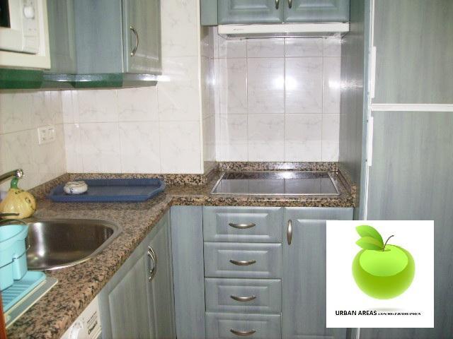 Apartamento en alquiler en calle Alcalde Luis Uruñuela, Este - Alcosa - Torreblanca en Sevilla - 114345313