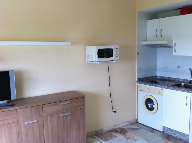 Estudio en alquiler en calle Innovación, Este - Alcosa - Torreblanca en Sevilla - 114349601