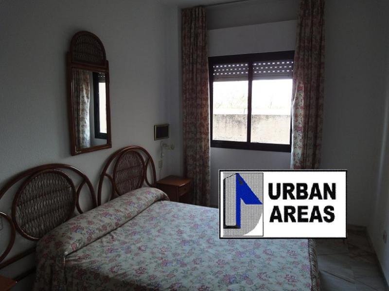 Apartamento en alquiler en calle Alcalde Luis Uruñuela, Este - Alcosa - Torreblanca en Sevilla - 116295431