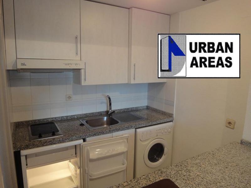 Apartamento en alquiler en calle Alcalde Luis Uruñuela, Este - Alcosa - Torreblanca en Sevilla - 116295439