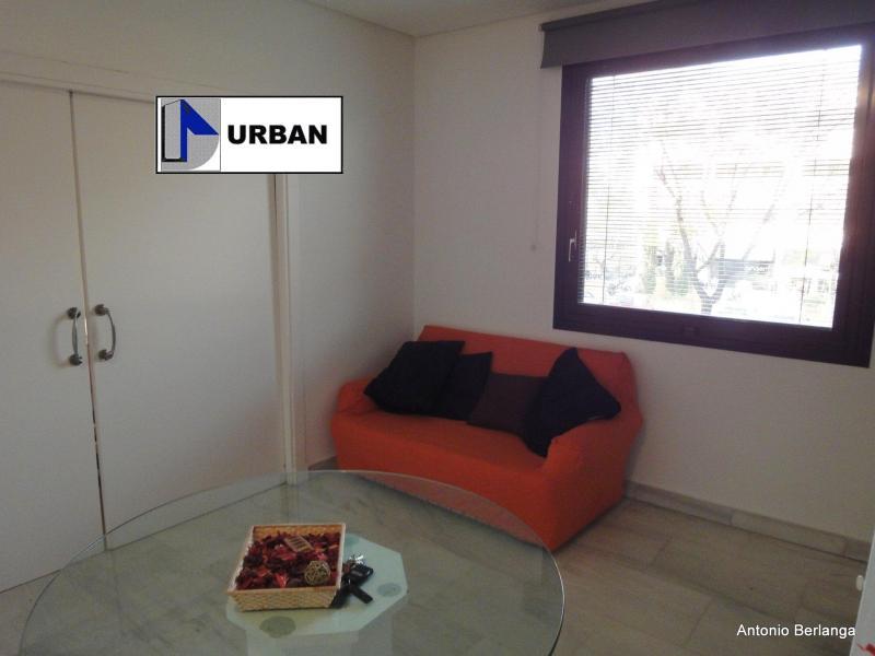 Apartamento en alquiler en calle Alcalde Luis Uruñuela, Este - Alcosa - Torreblanca en Sevilla - 116625751