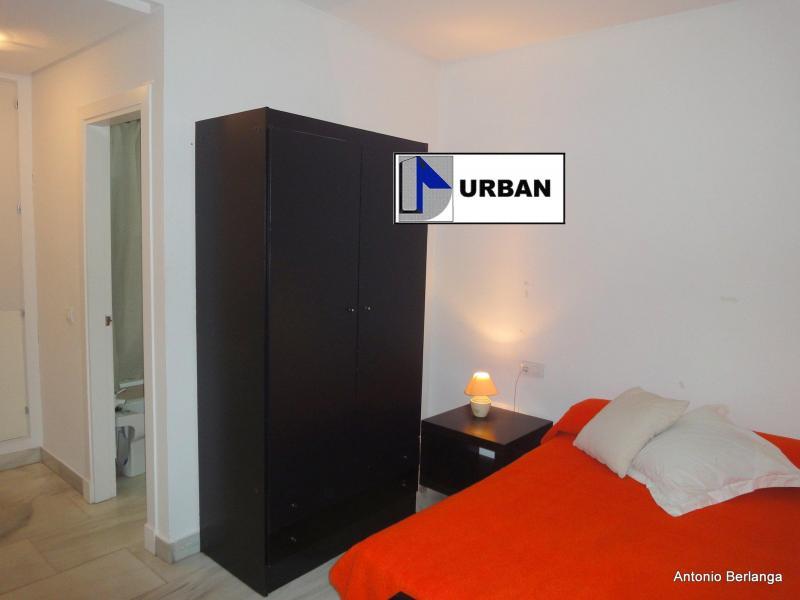 Apartamento en alquiler en calle Alcalde Luis Uruñuela, Este - Alcosa - Torreblanca en Sevilla - 116625756