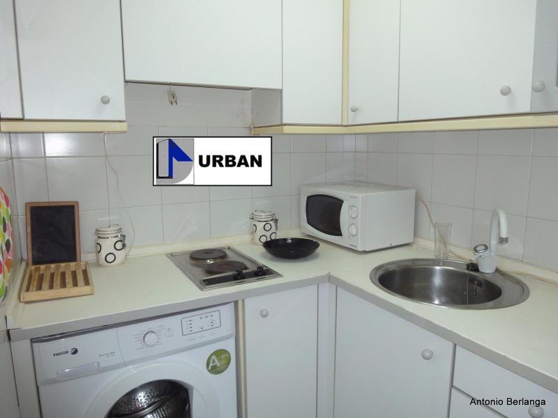 Apartamento en alquiler en calle Alcalde Luis Uruñuela, Este - Alcosa - Torreblanca en Sevilla - 116625758