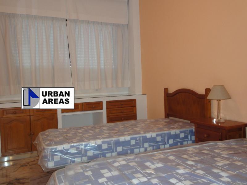 Apartamento en alquiler en calle Alcalde Luis Uruñuela, Este - Alcosa - Torreblanca en Sevilla - 117070310