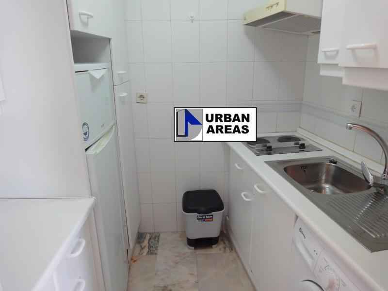 Apartamento en alquiler en calle Alcalde Luis Uruñuela, Este - Alcosa - Torreblanca en Sevilla - 117070330
