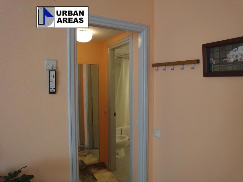 Apartamento en alquiler en calle Alcalde Luis Uruñuela, Este - Alcosa - Torreblanca en Sevilla - 117070334