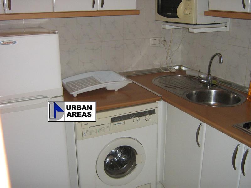 Apartamento en alquiler en calle Alcalde Luis Uruñuela, Este - Alcosa - Torreblanca en Sevilla - 119097378