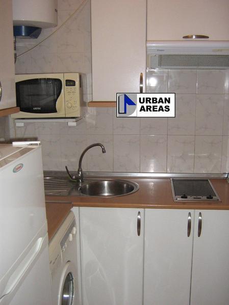 Apartamento en alquiler en calle Alcalde Luis Uruñuela, Este - Alcosa - Torreblanca en Sevilla - 119097379