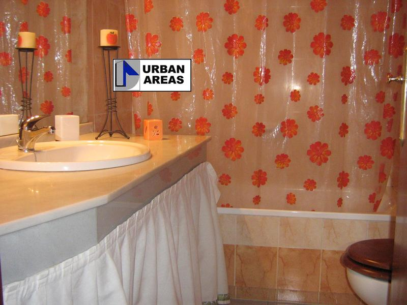 Apartamento en alquiler en calle Alcalde Luis Uruñuela, Este - Alcosa - Torreblanca en Sevilla - 118755966