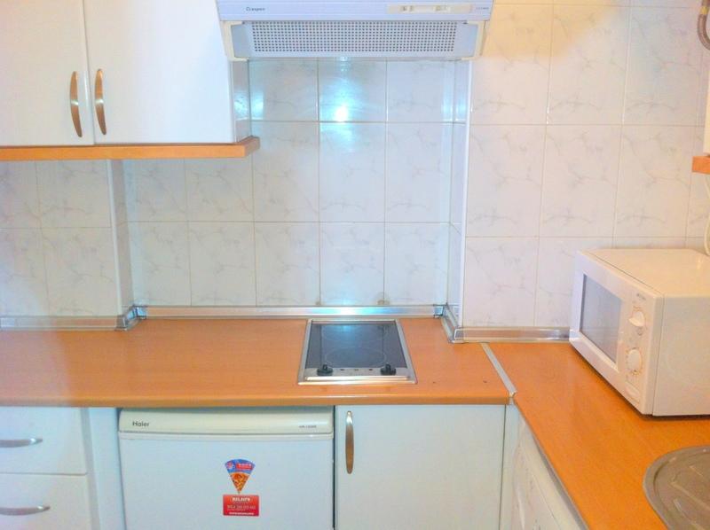 Piso en alquiler en calle Alcalde Luis Uruñuela, Este - Alcosa - Torreblanca en Sevilla - 120942127