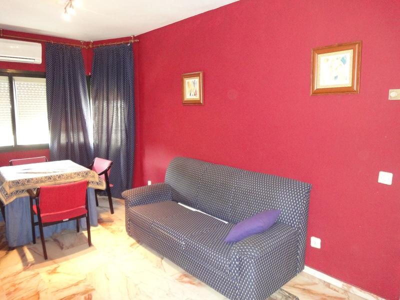 Salón - Piso en alquiler en calle Alcalde Luis Uruñuela, Este - Alcosa - Torreblanca en Sevilla - 121024631