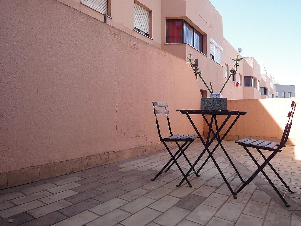 Terraza - Estudio en alquiler en calle Alcalde Luis Uruñuela, Este - Alcosa - Torreblanca en Sevilla - 145652312
