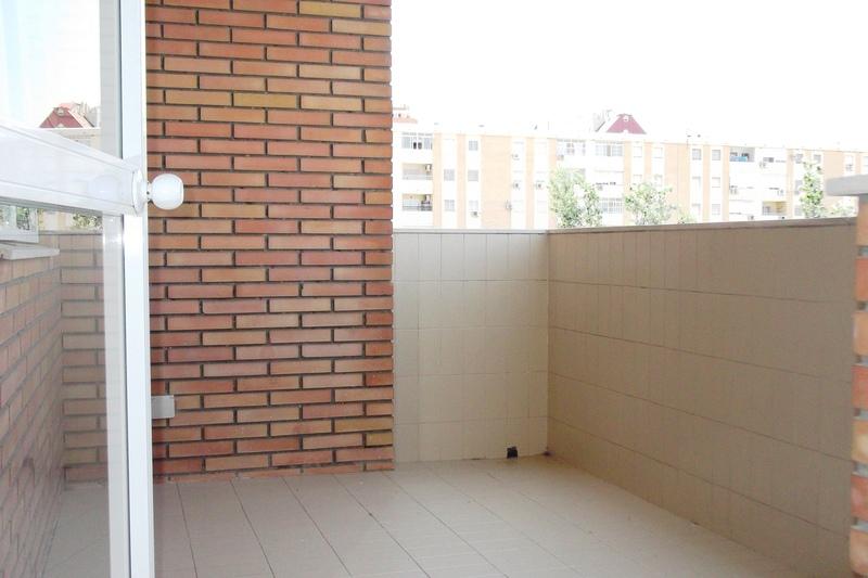 Terraza - Piso en alquiler en calle Deporte, Este - Alcosa - Torreblanca en Sevilla - 121424579