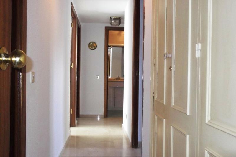 Pasillo - Piso en alquiler en calle Deporte, Este - Alcosa - Torreblanca en Sevilla - 121424680