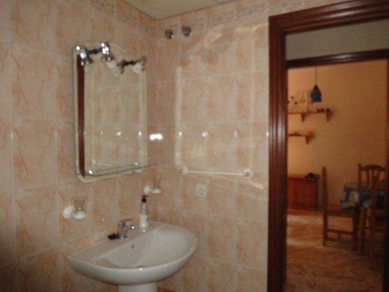 Baño - Piso en alquiler en calle Alcalde Luis Uruñuela, Entrepuentes en Sevilla - 121543882