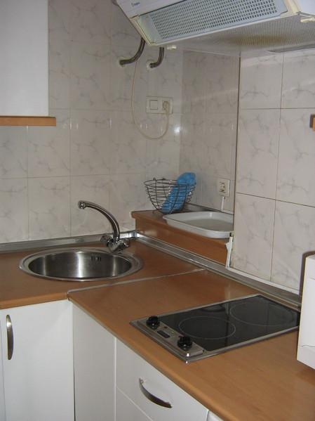 Cocina - Piso en alquiler en calle Alcalde Luis Uruñuela, Este - Alcosa - Torreblanca en Sevilla - 122294956