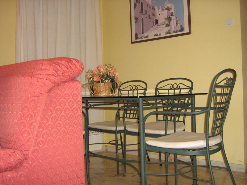 Piso en alquiler en calle Alcalde Luis Uruñuela, Este - Alcosa - Torreblanca en Sevilla - 122295003