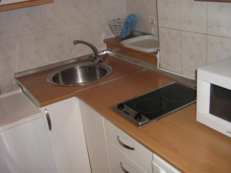 Piso en alquiler en calle Alcalde Luis Uruñuela, Este - Alcosa - Torreblanca en Sevilla - 122295118