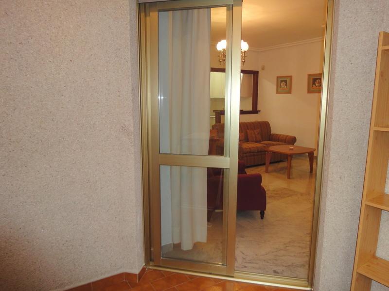 Piso en alquiler en calle Ramon y Cajal Sector, Nervión en Sevilla - 123336167