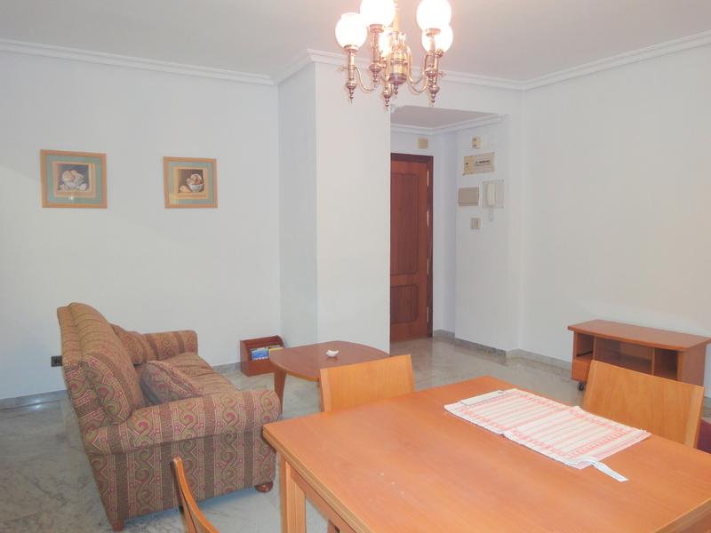 Piso en alquiler en calle Ramon y Cajal Sector, Nervión en Sevilla - 123336185