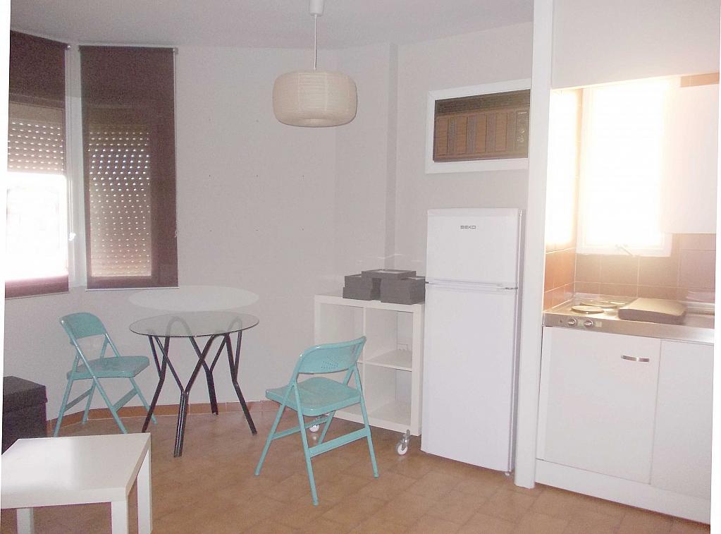 Piso en alquiler en calle La Palmera, Reina Mercedes en Sevilla - 125513687