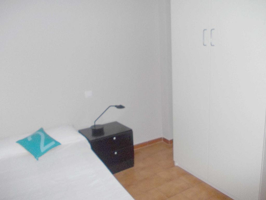Piso en alquiler en calle La Palmera, Reina Mercedes en Sevilla - 125513696