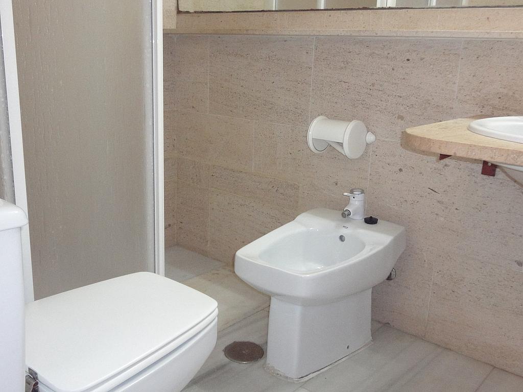 Baño - Apartamento en alquiler en calle Alcalde Luis Uruñuela, Entrepuentes en Sevilla - 127135276