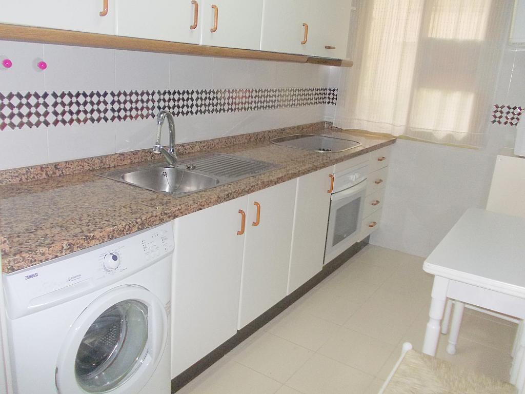 Piso en alquiler en calle Buhaira, San Bernardo en Sevilla - 130796489