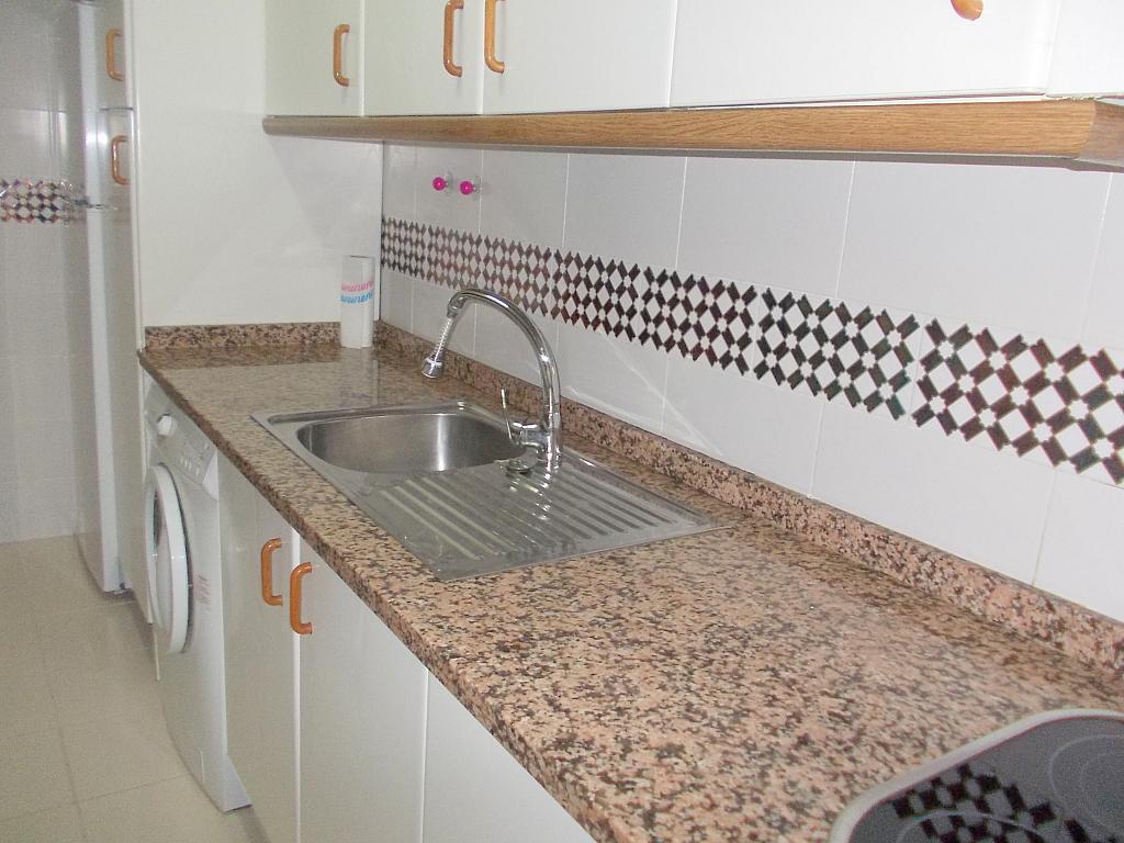 Piso en alquiler en calle Buhaira, San Bernardo en Sevilla - 130796548