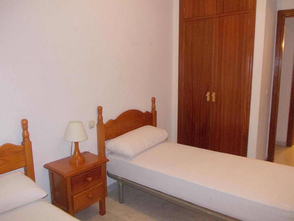 Piso en alquiler en calle Buhaira, San Bernardo en Sevilla - 130796630