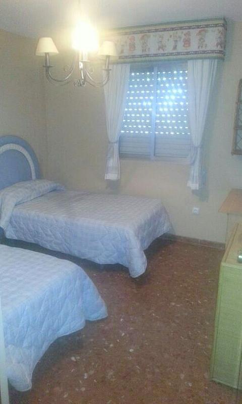 Dormitorio - Piso en alquiler en calle Cueva de la Pileta, Este - Alcosa - Torreblanca en Sevilla - 131919229