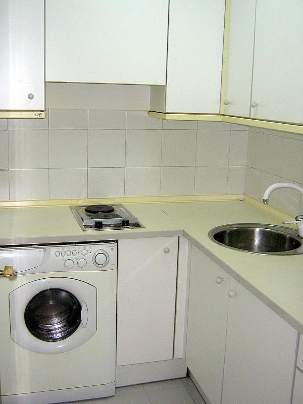 Cocina - Apartamento en alquiler en calle Avd de Las Ciencias, Av. Ciencias-Emilio Lemos en Sevilla - 135099486